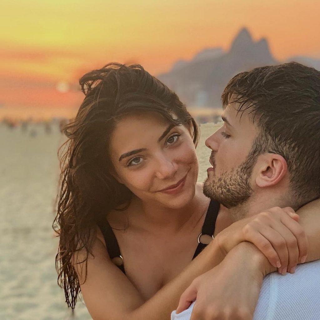 Carolina e David Carreira