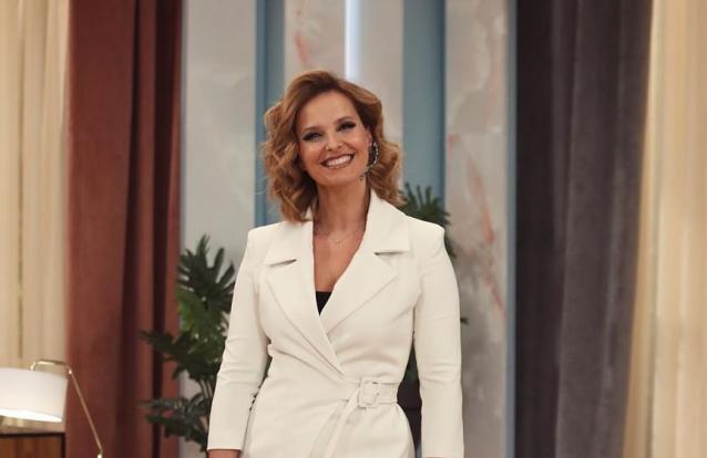 Cristina Ferreira aposta em combinação de sucesso, a preto e branco