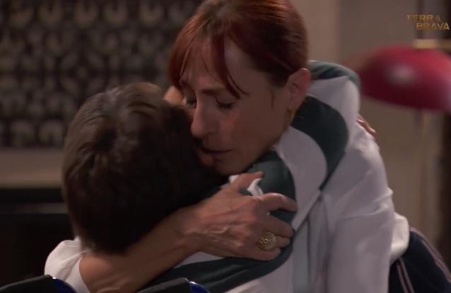 """Hoje em """"Terra Brava"""": Martim diz a Eduarda que vai fugir com Beatriz"""