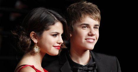 """""""Estava subnutrida e exausta"""", admite a namorada de Justin Bieber, Selena Gomez depois de ter sido internada"""