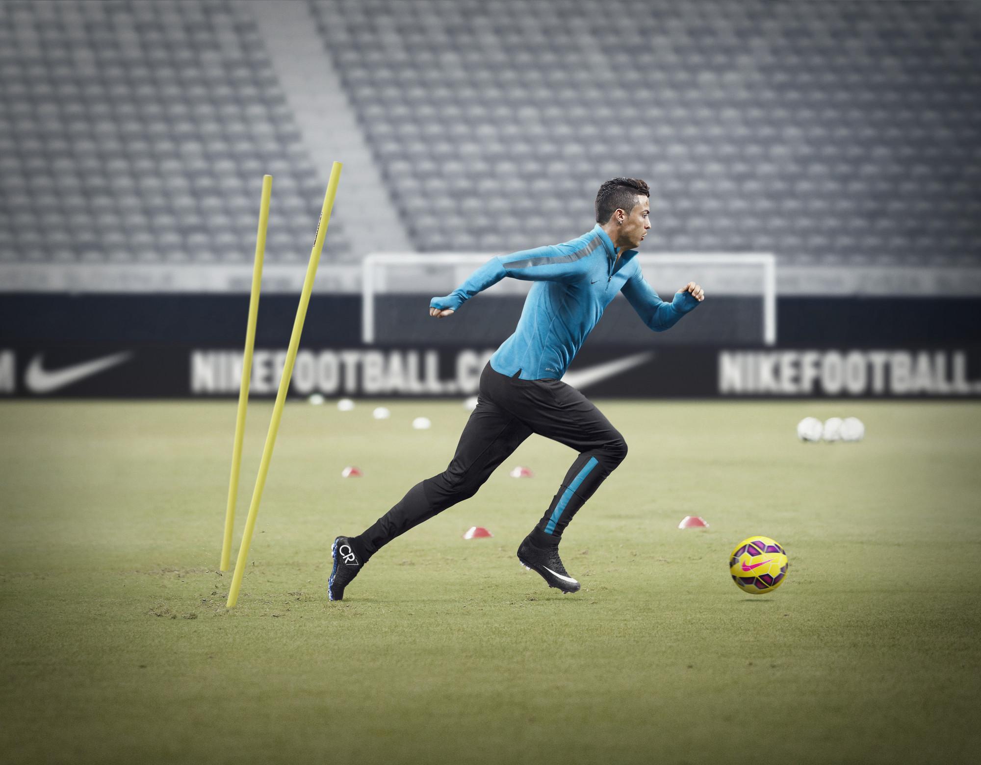 HO14_FB_Training_Ronaldo_2_33936.jpg
