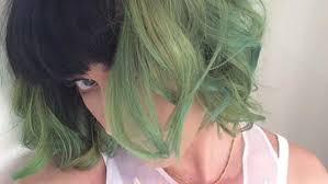 katy perry de cabelo verde.jpg