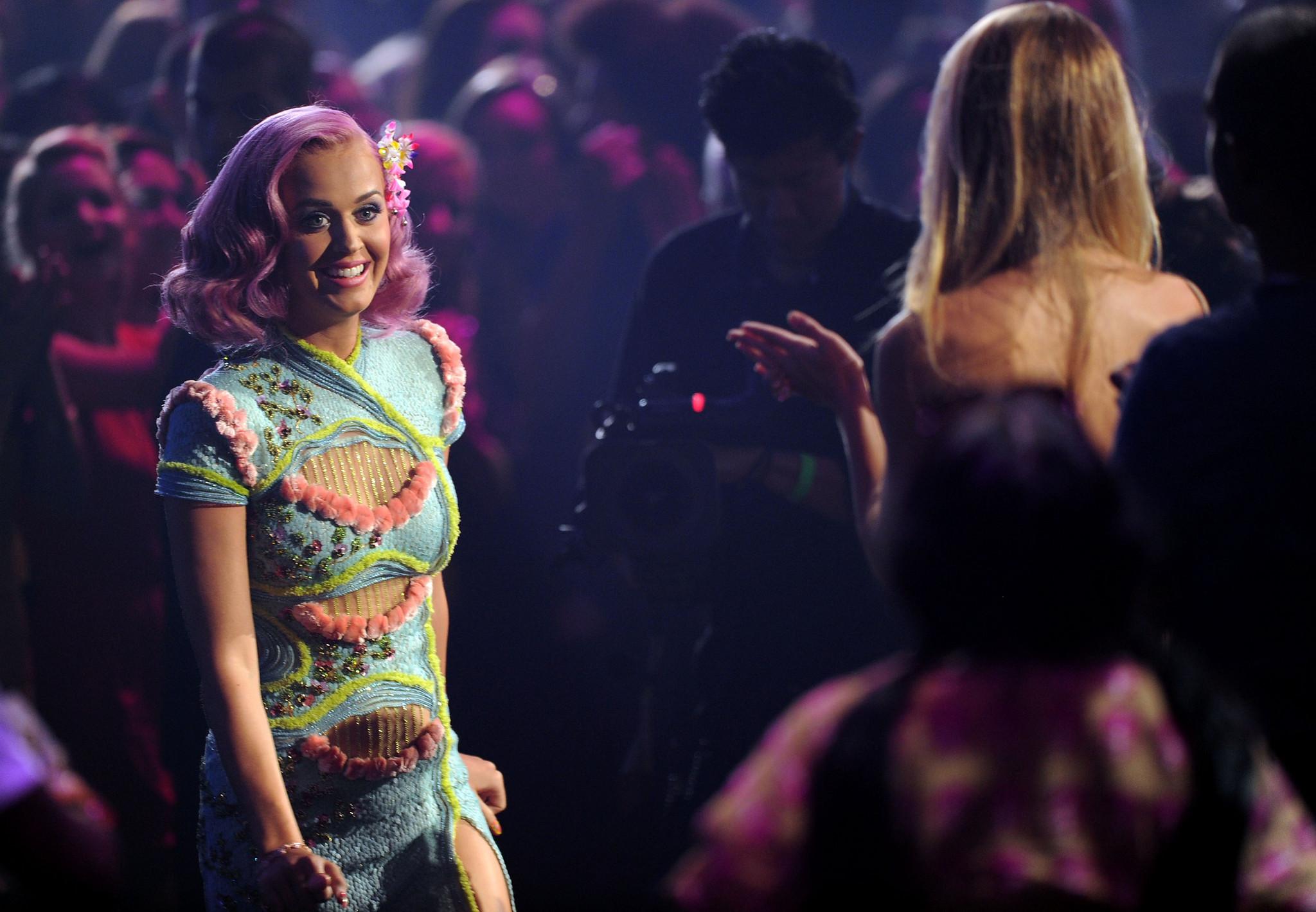 Katy Perry - Vídeo do ano, Melhor colaboração e Melhores efeitos especiais