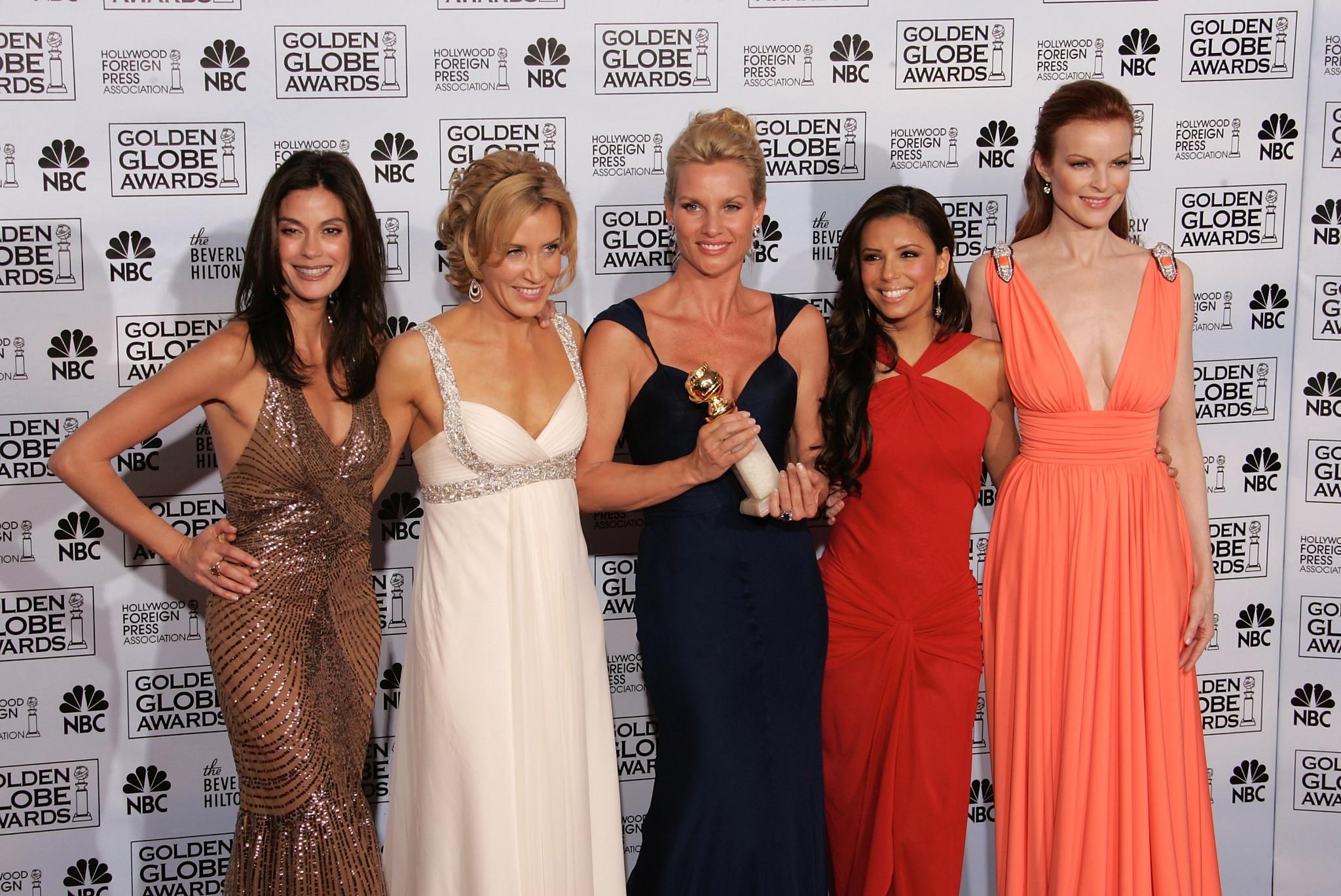 Teri Hatcher, Felicity Huffman, Nicollette Sheridan, Eva Longoria e Marcia Cross
