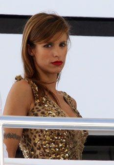 Elisabetta Canalis não reage bem ao rompimento do namoro com George Clooney e destrói-lhe a casa