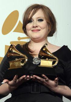 Adele recusa-se a cantar em festivais de verão