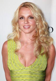 Britney Spears regressa às passadeiras vermelhas em grande estilo