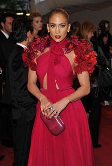 Vestidos rosa usados por celebridades: qual deles gosta mais?