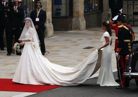 Kate Middleton: lindíssima em vestido Alexander McQueen