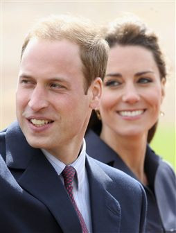 Revista alemã condena cerimónia real entre William e Kate