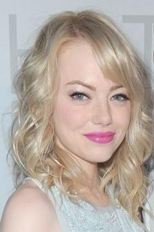 Tendência: Emma Stone usa lábios rosa 'néon'