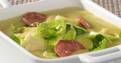Sopa com couve-de-bruxelas
