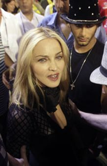 Madonna tem namorado novo