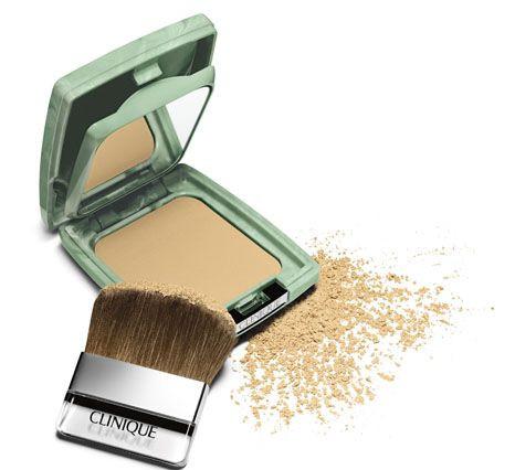PASSATEMPO EXCLUSIVO PARA O FACEBOOK: TEMOS SEIS BASES Almost Powder Makeup SPF 15 da Clinique para oferecer (PASSATEMPO ENCERRADO)
