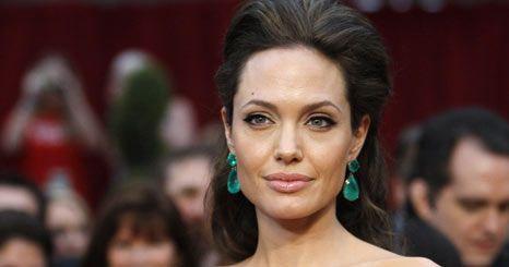 Será Angelina Jolie uma boa escolha para ser Cleópatra?