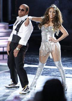 Jennifer Lopez e Tom Cruise dançam juntos (com vídeo e 'palmadinhas')