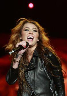 Rock in Rio Lisboa: Miley Cyrus dedica canção ao ex-namorado