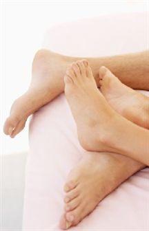 Duas massagens super relaxantes para os seus pés