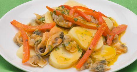 Frutos do mar com mini batatas