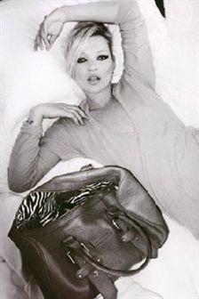 Kate Moss fez uma linha de malas para a Longchamp