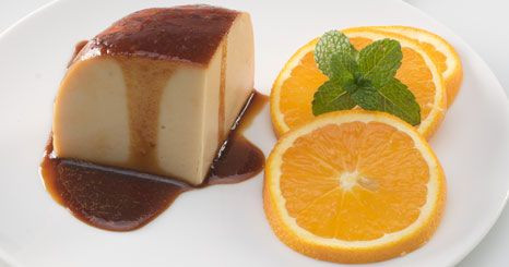 Pudim de leite condensado e laranja