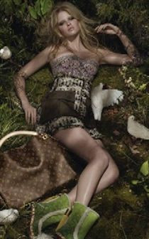 Lara Stone: manequim super sensual para campanha da Louis Vuitton
