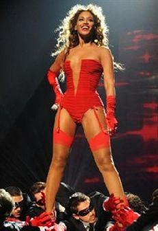 Beyoncé 'arrasa' na música... e no estilo!