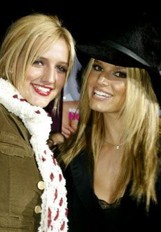 Conheça as famosas e as suas inseparáveis irmãs