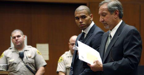 Chris Brown condenado a cinco anos de liberdade condicional
