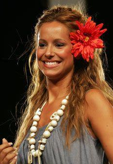 Mariana Monteiro brilha na passerela