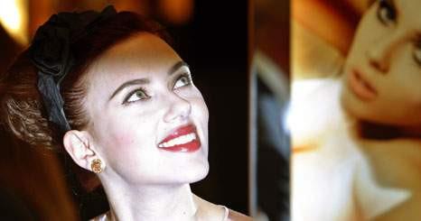 Scarlett Johansson é a imagem da Moët & Chandon