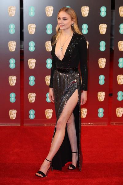 22 Sophie Turner.jpg