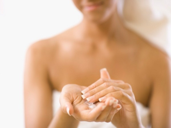 How-To-Make-After-Shower-Body-Oil.jpg