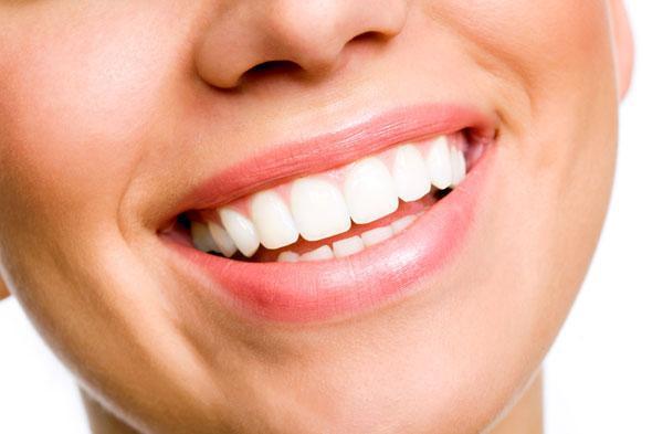 branqueamento-dentario-size-3.jpg