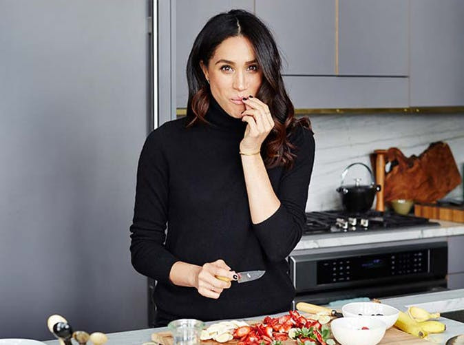 meghan-markle-cutting-slideshow.jpg