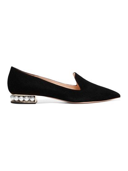 cdacbba3-40b5-4bbc-86a5-5f7cfeaeae42-shoes2.jpg