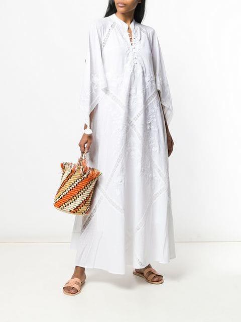 Vestido branco Tory Burch, 795 euros, na Farfetch.jpg