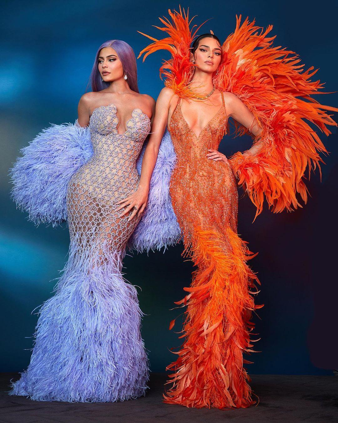Kylie e Kendall.jpg
