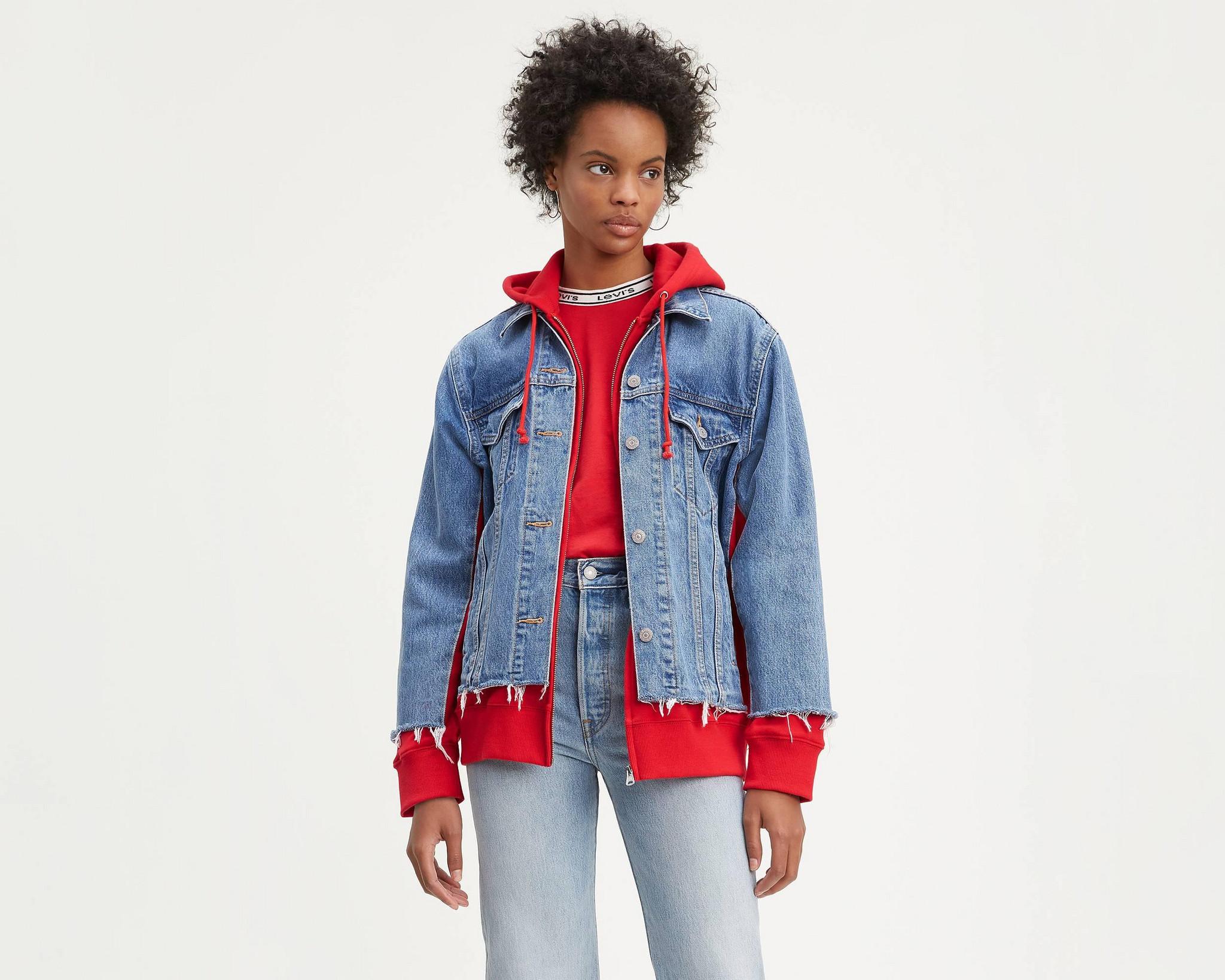 levis_casacos-de-ganga-trucker_feminino_ex-boyfriend-hybrid-hooded-trucker-jacket-72737-0000_piggy-back-red_1.jpg