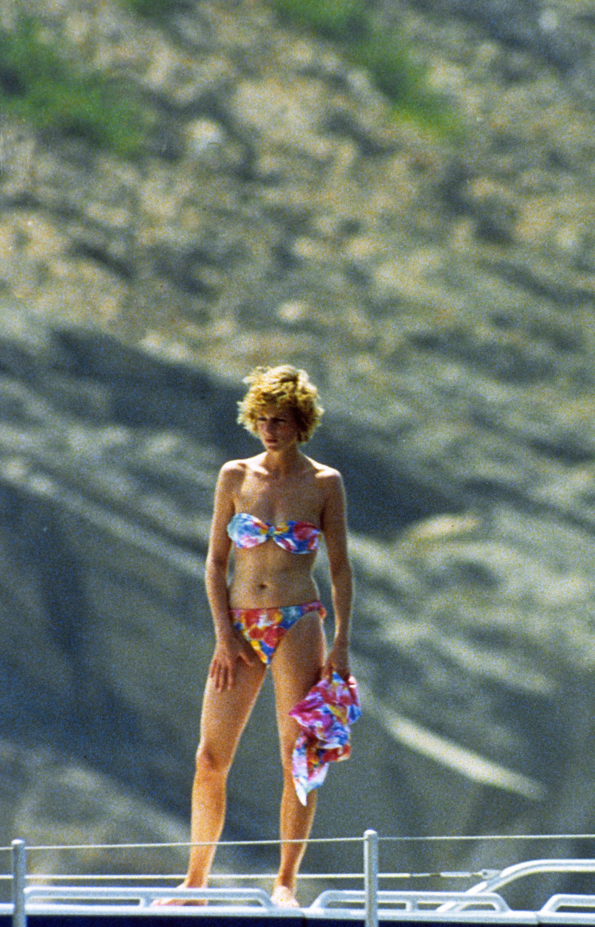 Princesa diana biquini bikini.jpg