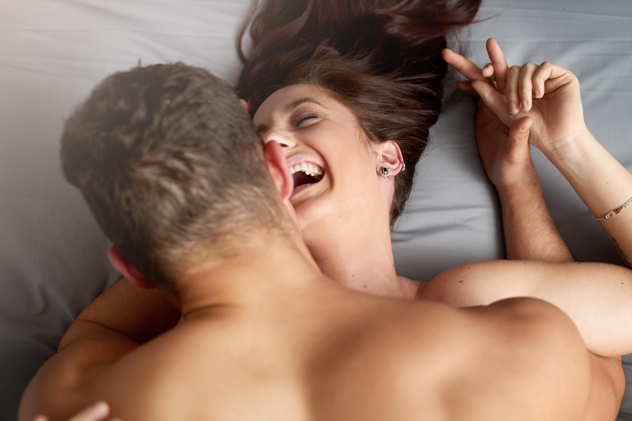 casal feliz sexo relação.jpg