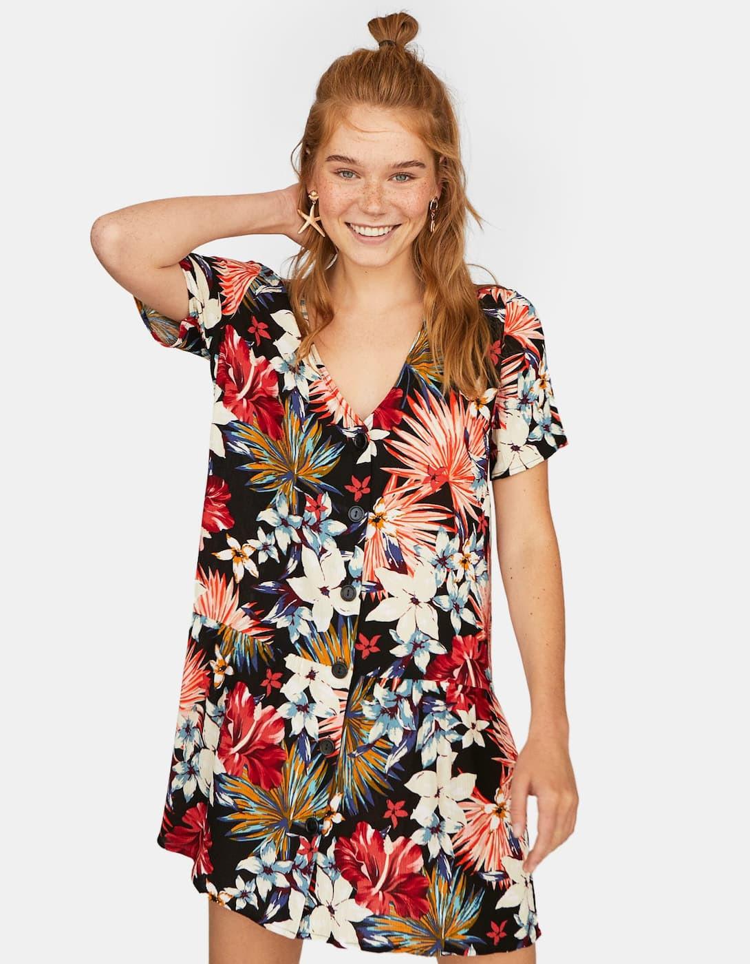 Vestido de crepe com estampado tropical, 12, 99 euros (antes 19,99 euros).jpg