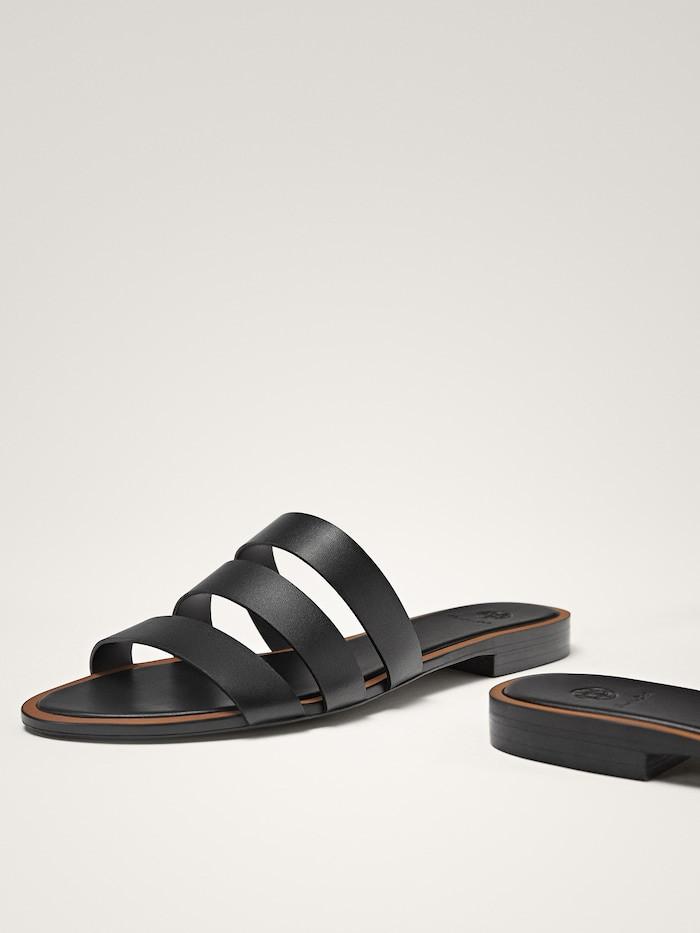 Sandálias pretas multitiras (49,95 euros, antes 89,95 euros) Massimo Dutti.jpg