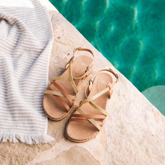 Sandálias em pele (27,49 euros, antes 49,99 euros) na La Redoute.jpg