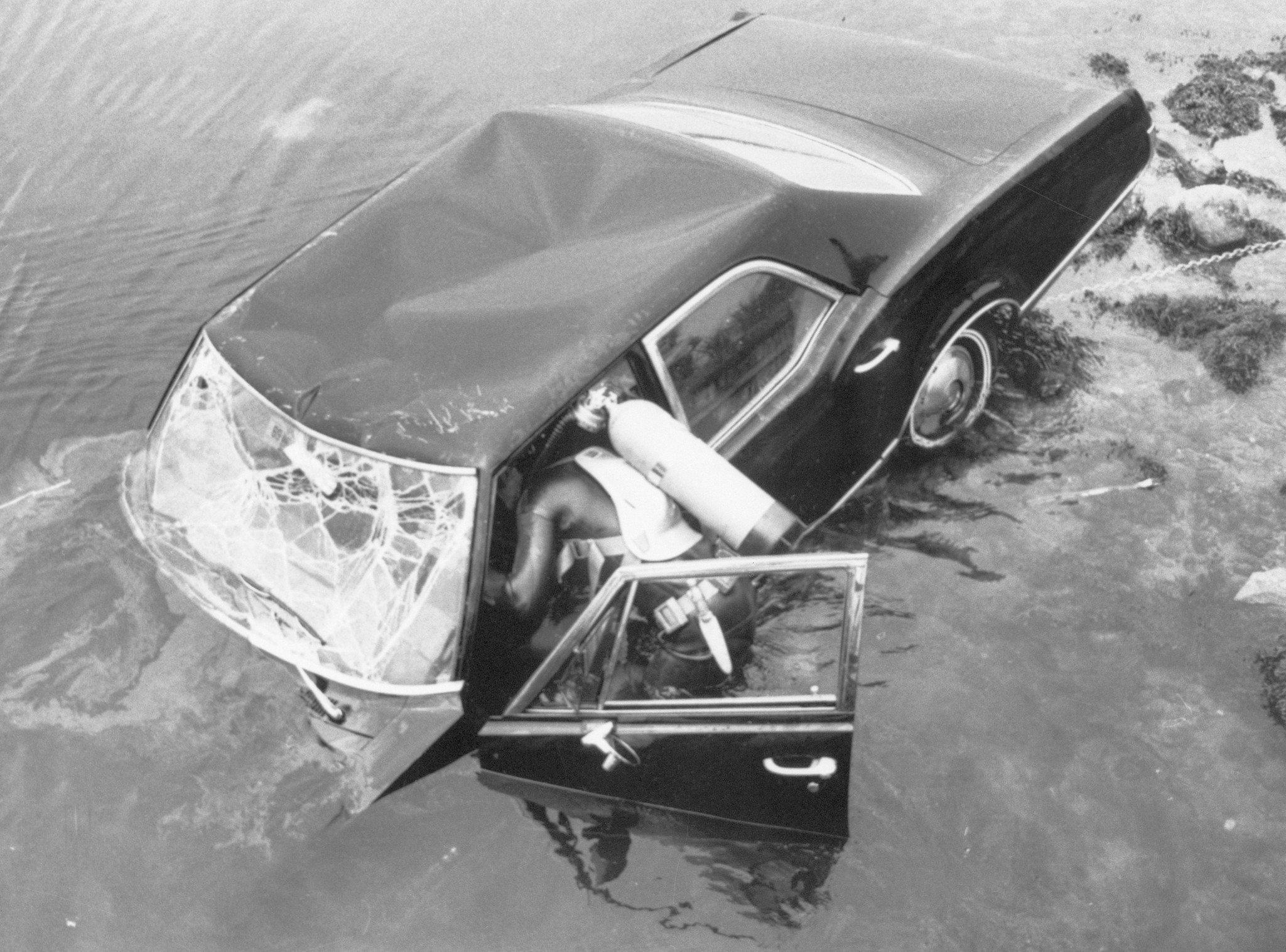 O carro de Ted Kennedy.jpg