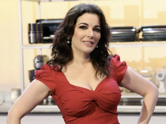 Copy of o-NIGELLA-LAWSON-PHOTOSHOP-571.jpg