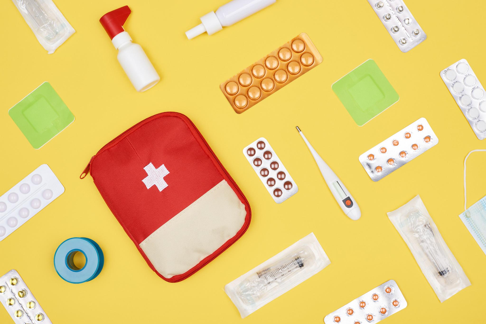 kit médico medical first aid primeiros socorros.jpg