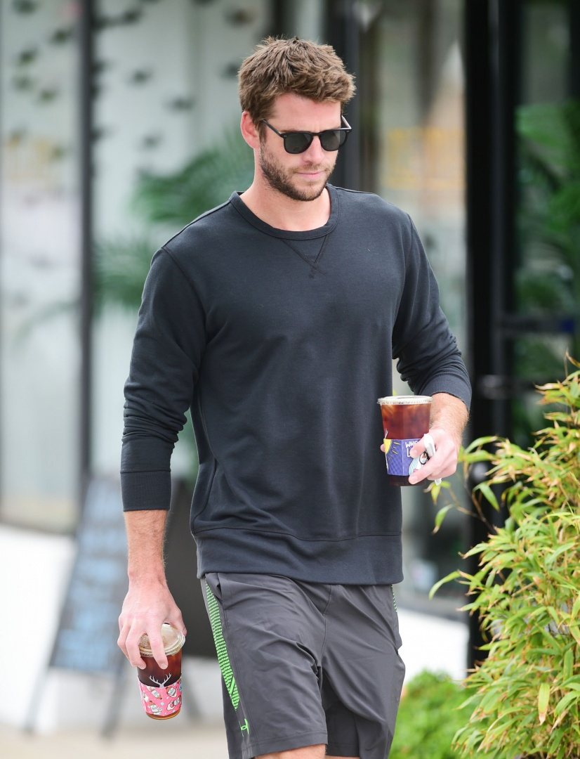 LOS ANGELES, CA - JULY 08: Liam Hemsworth is seen on July 08, 2019 in Los Angeles, California.  (Photo by gotpap/Bauer-Griffin/GC Images)