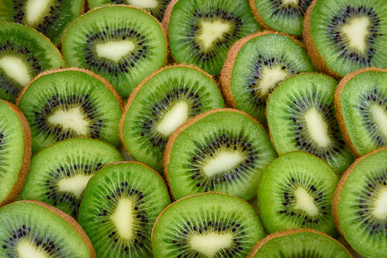 kiwis cut fruit