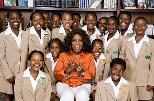 Oprah Winfrey não teve filhos, mas é mãe de centenas de meninas sul-africanas